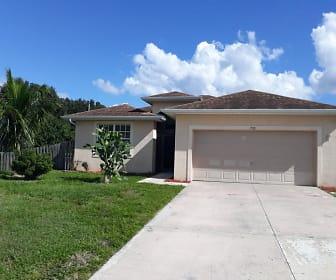 702 Milton Ave N, Lehigh Acres, FL