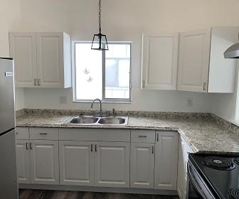 Kitchen, 5720 Gallatin Lane