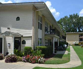 Spanish Trace Apartments, Saint Augustine's College, NC