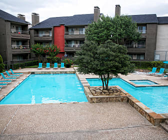 Pool, One Townecrest Apartments