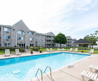 Wedgewood Park Apartments, Oak Grove, MN