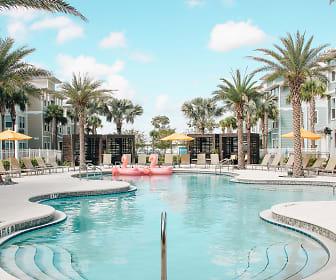 Pool, Niido Orlando