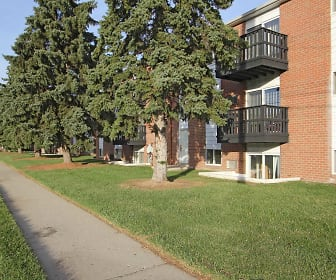 Savory Village Apartments, Baker College, MI