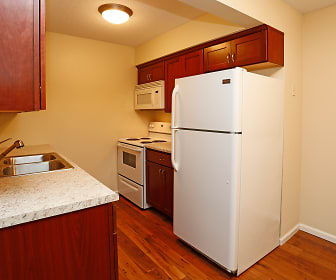 Kitchen, Boulder Court Apartments