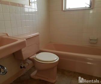 Bathroom, 38947 10th Ave