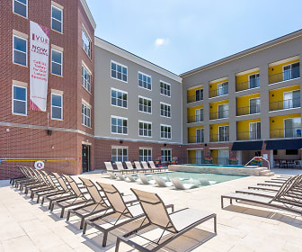Vue On Walnut Student Living, Ozarks Technical Community College, MO