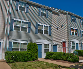 Spacious Townhome Rentals, Riverwoods Apartments and Townhomes