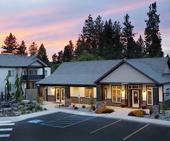 Residence At River Run Apartments, North Pines Middle School, Spokane, WA