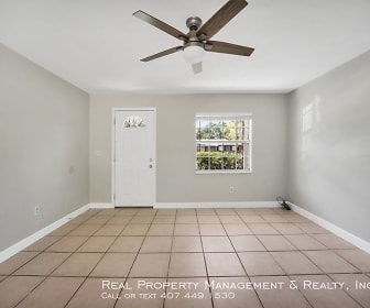 517 Northwestern Ave, Forest City, FL