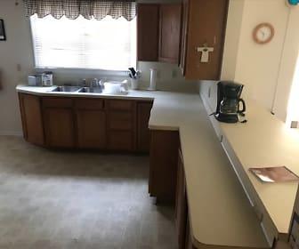 2306 Miller Rd, Swartz Creek, MI
