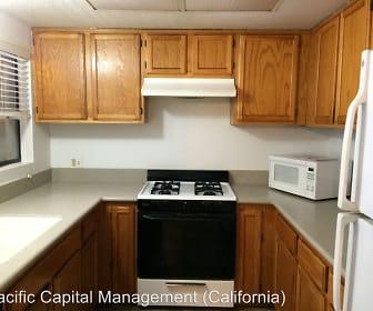 Kitchen, 45 Stenner  Unit H