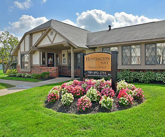 Huntington Place, Saginaw Township South, MI