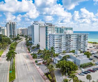 5313 Collins Avenue 209, Miami Beach Senior High School, Miami Beach, FL