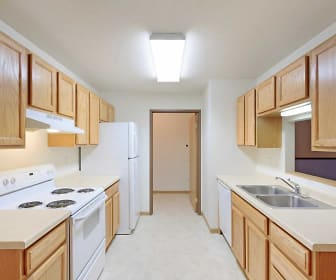 Kitchen, Foxtail Creek Townhomes
