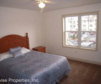 Bedroom, Stonybrook Apartments