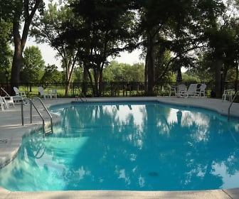 Pool, Brookridge Country Club Apartments