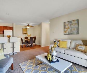 Living Room, Breezewood
