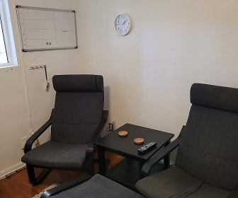 Chairs & table in Lounge.jpg, 4436 W. 165th Street