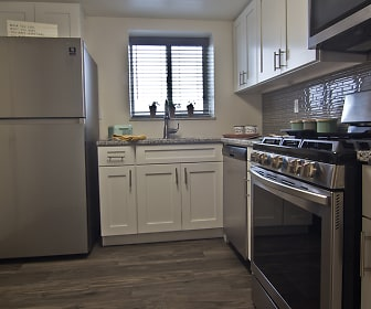 The Avalon Apartment Homes, Bellevue, PA