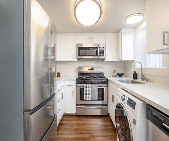 Kitchen, ReNew Park Blu
