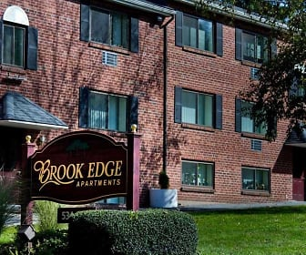 Building, Brook Edge Apartments