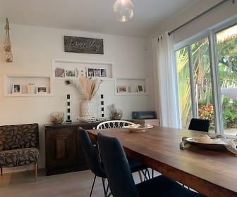 Dinning Room.jpg, 8818 Dickens Ave