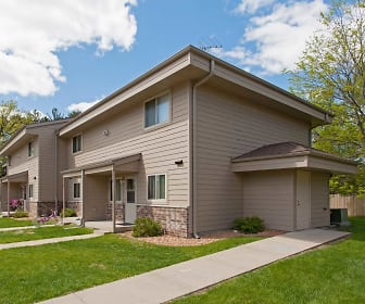 Woodview Apartments And Townhomes, Baldwin, MN