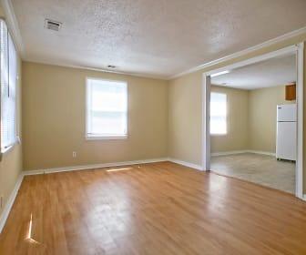 Living Room, 2204 Hawthorne St