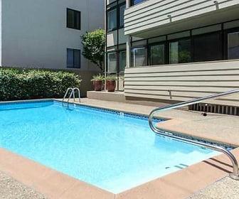 Pool, Alta off the Avenue
