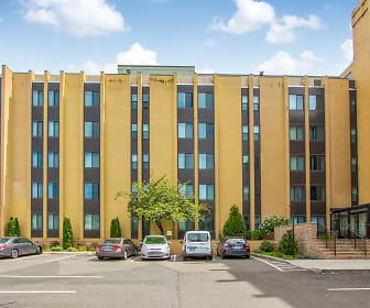 Building, Lakewood Apartments