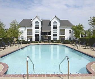 Pool, Houston Levee
