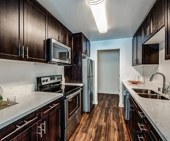 Kitchen, Beverly Plaza Apartments