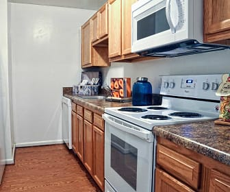 Driftwood Apartments, Diamond Springs, Virginia Beach, VA
