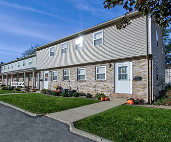 Greenbriar Village, Youngstown, OH