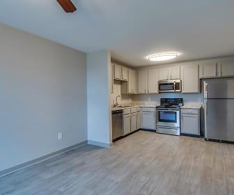 Large Open Floorplan, Dupont Avenue Apartments