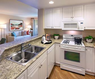 Portola Place Apartment Homes, Orange County Great Park, Irvine, CA