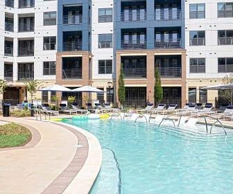 Pool, Solis Southline