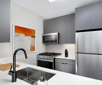 Kitchen, Avalon Midtown West