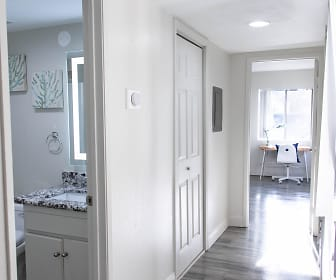 Ridgeline Apartments, Devore Heights, CA