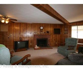 Living Room, 6431 MONTEZUMA ROAD
