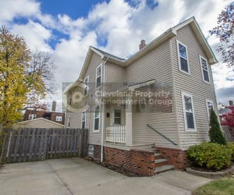1353 Lakewood Ave, Garfield Middle School, Lakewood, OH