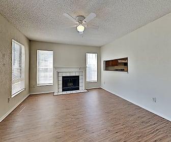 Living Room, 2417 Forestbrook Dr