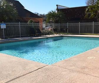 Pool, Bluebonnet Ridge
