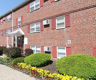 Hickory Hills Apartments, Trevose, PA