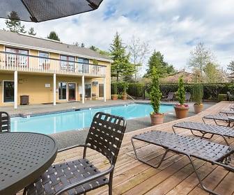 Pool, Olde Redmond Place