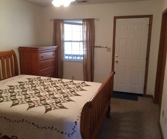 Bedroom, Chesterfield Apartments