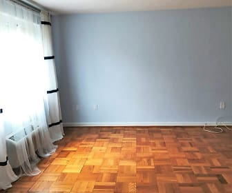 4114 Davis Place NW Unit 211, Cathedral Heights, Washington, DC