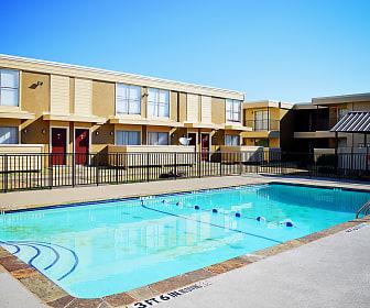 Pool, Summer Glen