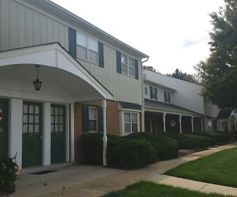 Building, Bucks Run Apartments