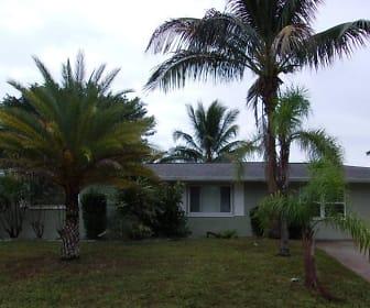 125 Barre Dr Nw, Port Charlotte, FL